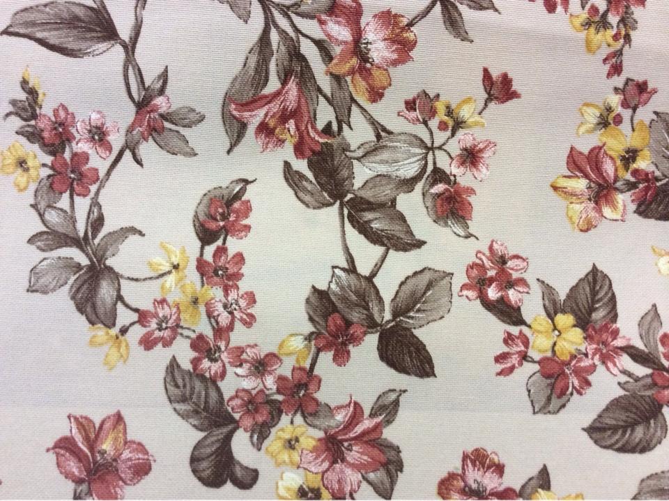 Цветочная ткань для штор