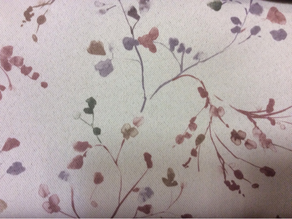 Ткань блэкаут купить в нашем интернет-магазине Elisa 1056. Турция, портьерная непрозрачная. На сером фоне бордовые мелкие цветы ( акварель)
