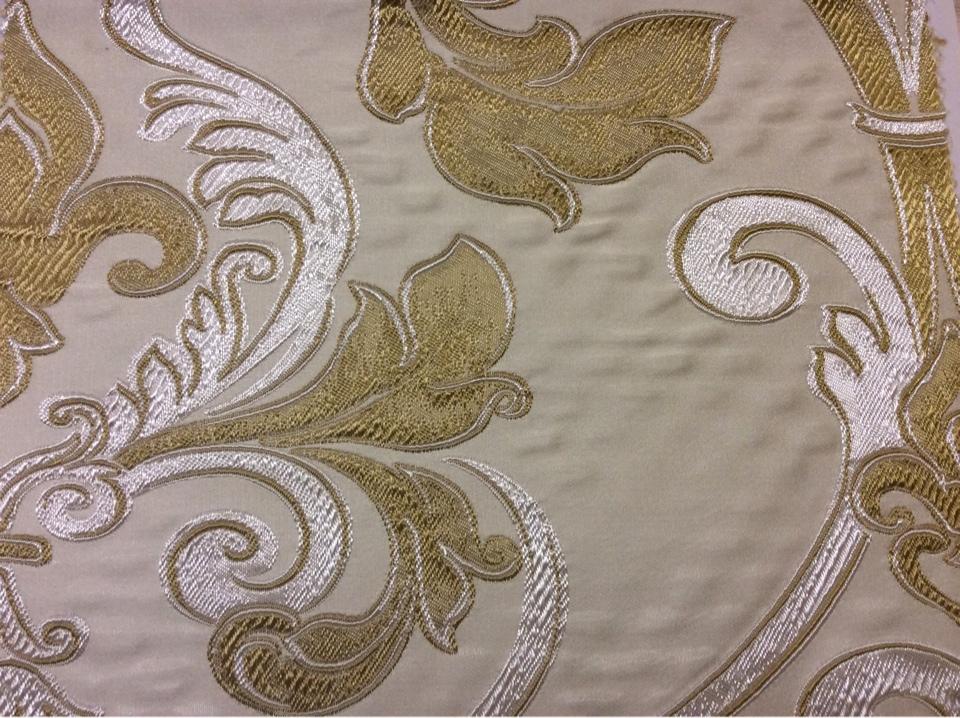 Заказать ткань в стиле барокко Botticelli 04. Италия, Европа, портьерная ткань для штор. Золотисто-серебристый фон заказать в Москве