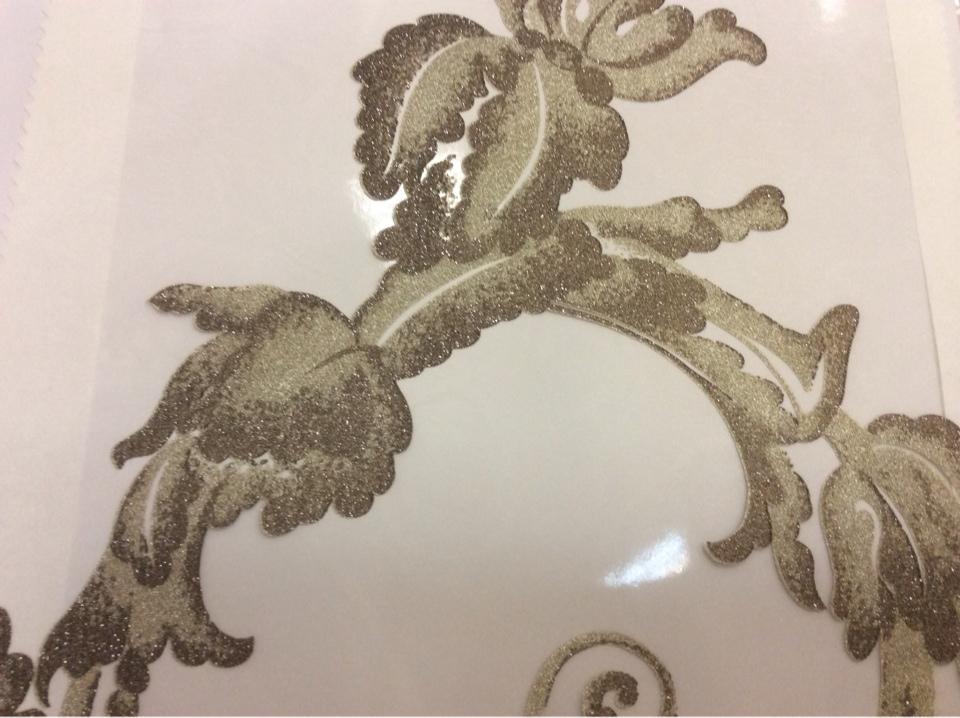 Купить ткань в стиле барокко в интернет-магазине Botticelli 16. Италия, Европа, тонкая тюль. На прозрачном фоне золотисто-шоколадный принт с блеском в Москве