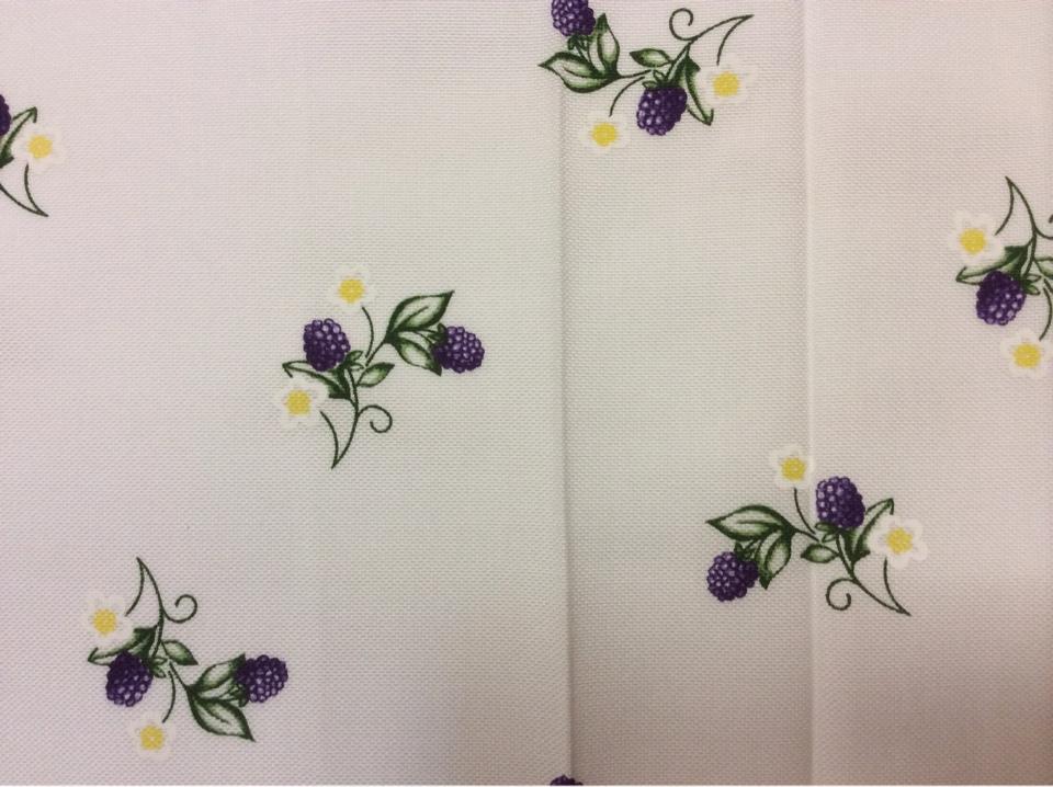 Ткань под хлопок Ragusa 45, цвет Violet 90. Германия. Ежевика, сиреневый принт