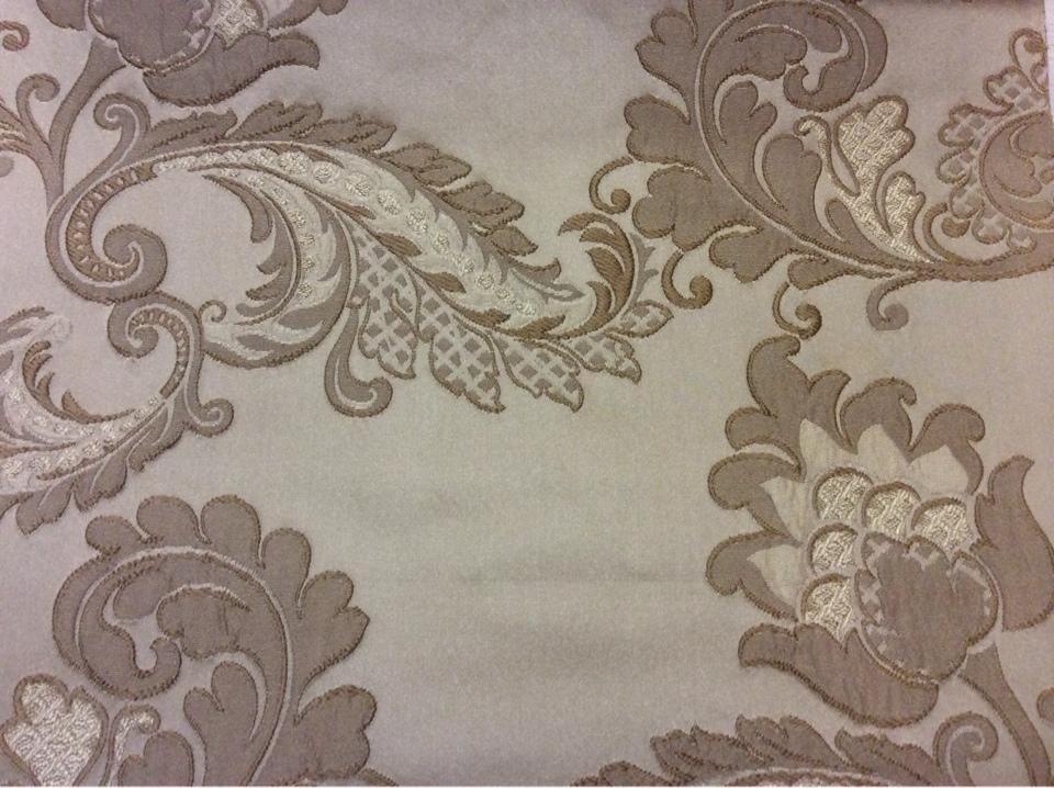 Элитная ткань с вышивкой из атласа, вискозы Varese, цвет Cappuccino. Бельгия, Европа, портьерная. На бежевом фоне бронзовые цветы, пейсли купить
