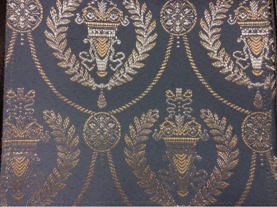 Голубая с серебром ткань из атласа с вышивкой в стиле ампир 2381/41. Франция, Европа, портьерная. Насыщенный голубой фон, серебристый орнамент купить Москва