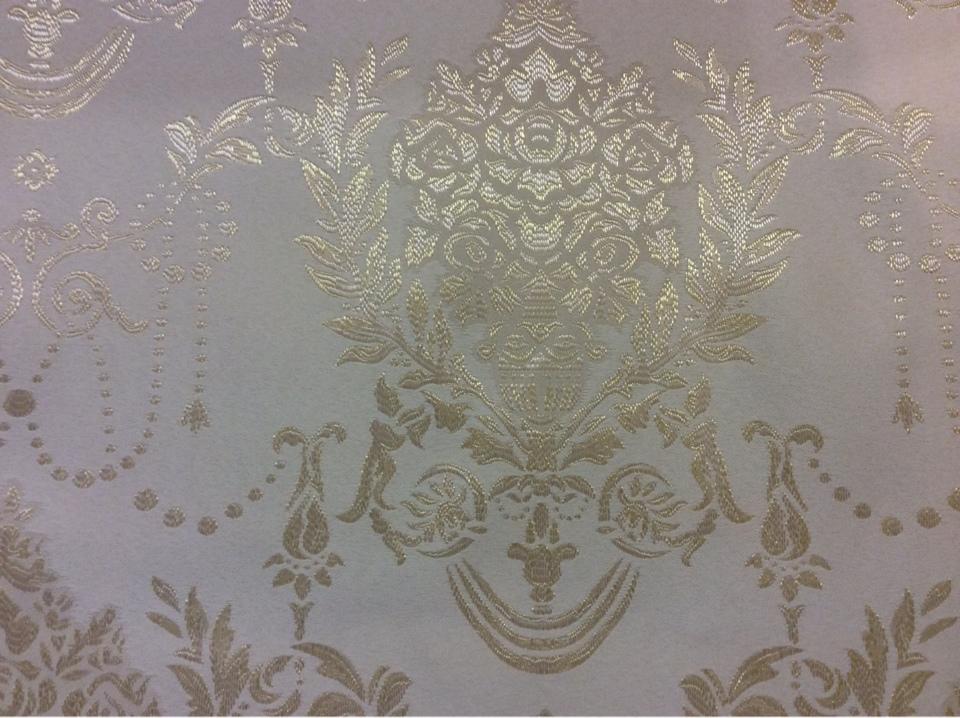 Атласная ткань в классическом стиле с вышивкой 2377/12. Европа, Франция, портьерная ткань. Ванильный фон, золотистый орнамент купить в интернет-магазине Москвы