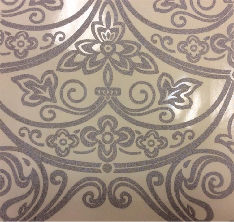 Итальянский тюль для штор в стиле барокко Belvedere 15. Европа, Италия, тонкий тюль. На прозрачном фоне серебристый орнамент купить