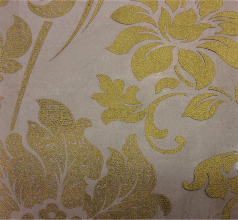 Элитный тюль для штор в стиле барокко Belvedere 27. Европа, Италия, тонкий тюль. На чёрном фоне бронзовый орнамент (цветы) купить