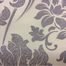 Элитный тюль для штор с цветочным орнаментом Belvedere 30. Европа, Италия, тонкий тюль. На прозрачном фоне сиреневый орнамент (цветы)