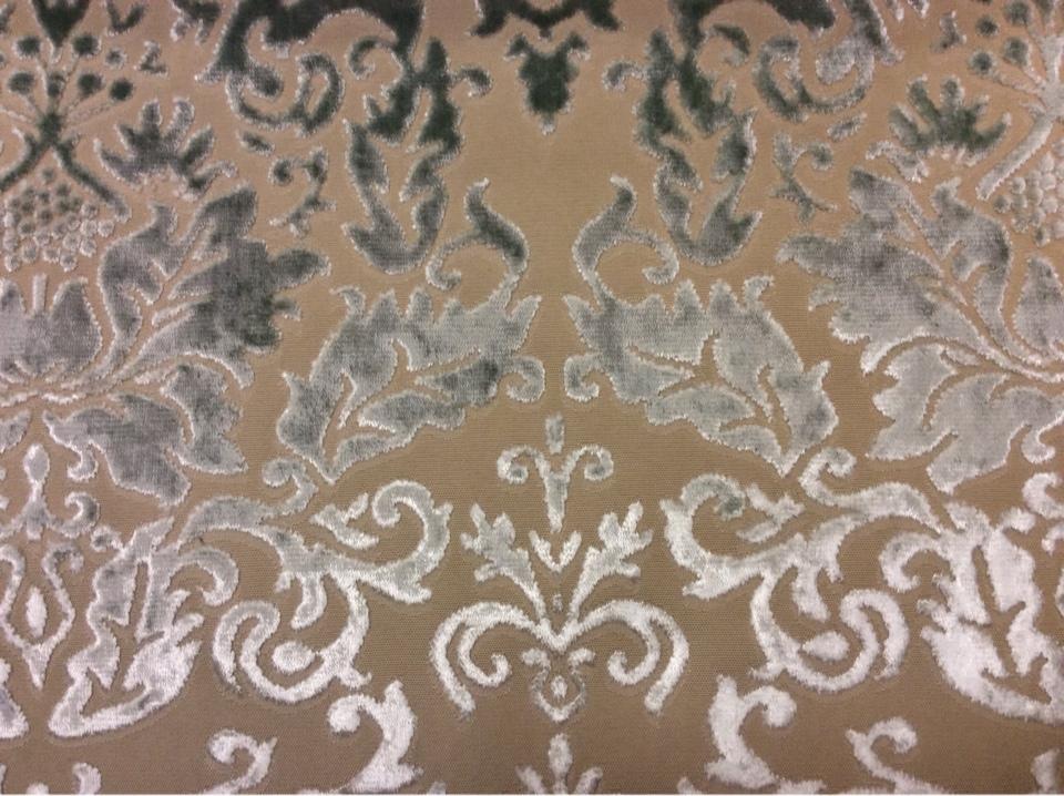 Набивка из бархата, хлопок, итальянская портьерная ткань для штор 2386/41. Европа, Италия, портьерная. На бежевом фоне бархатный орнамент цвета морской волны купить в Москве