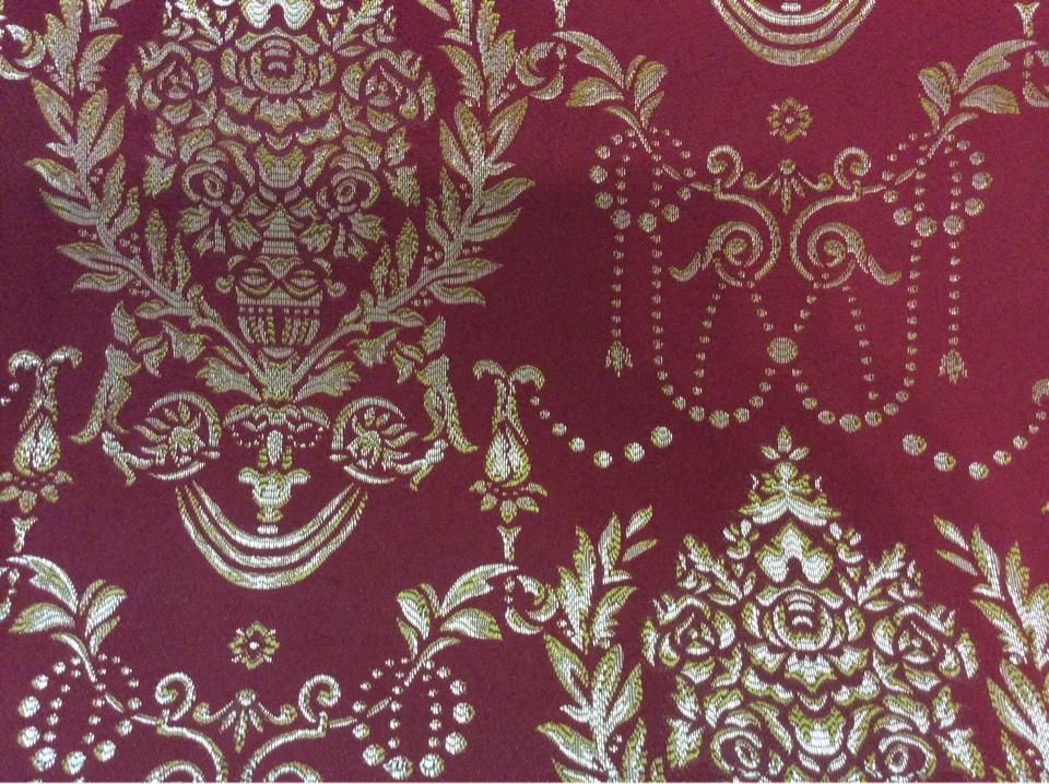 Портьерная ткань из атласа с вышивкой в стиле ампир 2377/30. Франция, Европа, портьерная. Красный фон, золотистый орнамент купить