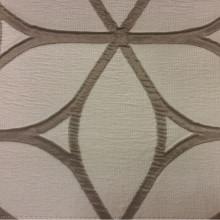 Жатая ткань с выпуклым нанесением, с эффектом 3D Alicante 42. Италия, Европа, портьерная. Сочетание бледно-серого с насыщенным серым цветом