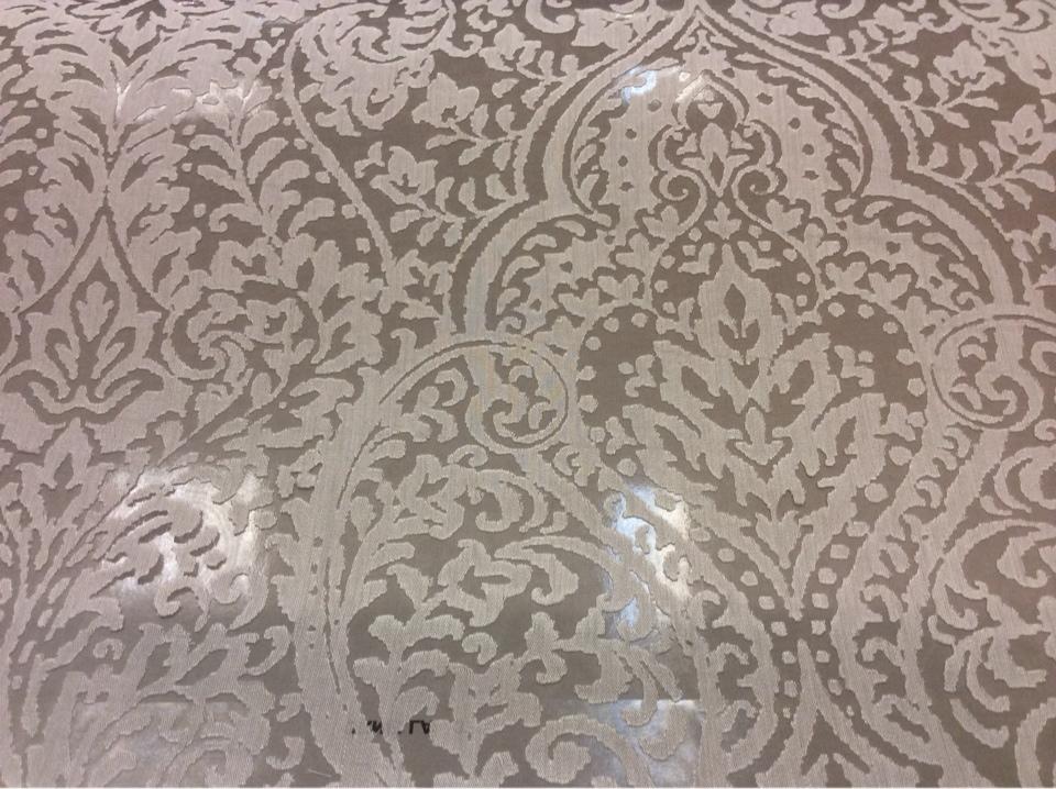 Тонкая ткань с вискозной нитью Ornella 37. Европа, Италия, тюль. На сером фоне светлый ажурный орнамент