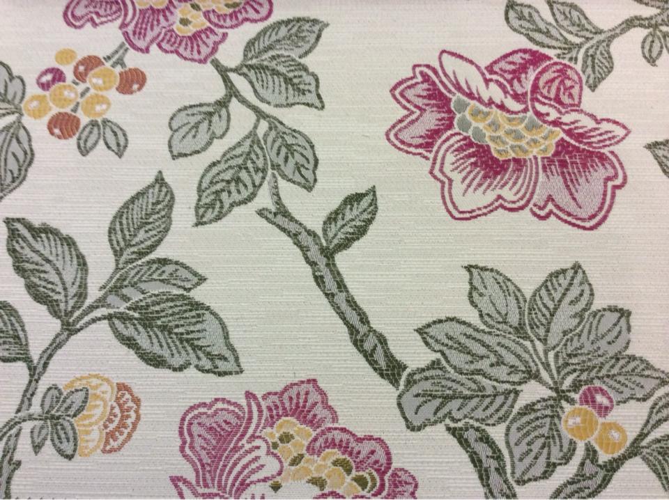 Портьерная ткань с цветочным орнаментом Paloma 26. Европа, Испания, портьерная ткань для штор. На светлом фоне цветочный орнамент, микс купить