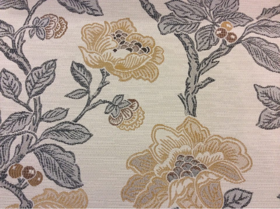 Ткань с цветочным принтом в классическом стиле Paloma 33. Испания, Европа, портьерная. На светлом фоне цветочный орнамент, микс купить