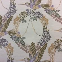 Портьерная ткань с изображением птиц в стиле прованс, жуи Paloma 06. Испания, Европа, портьерная. На светлом фоне изображение птиц фиолетово-зелёного оттенков