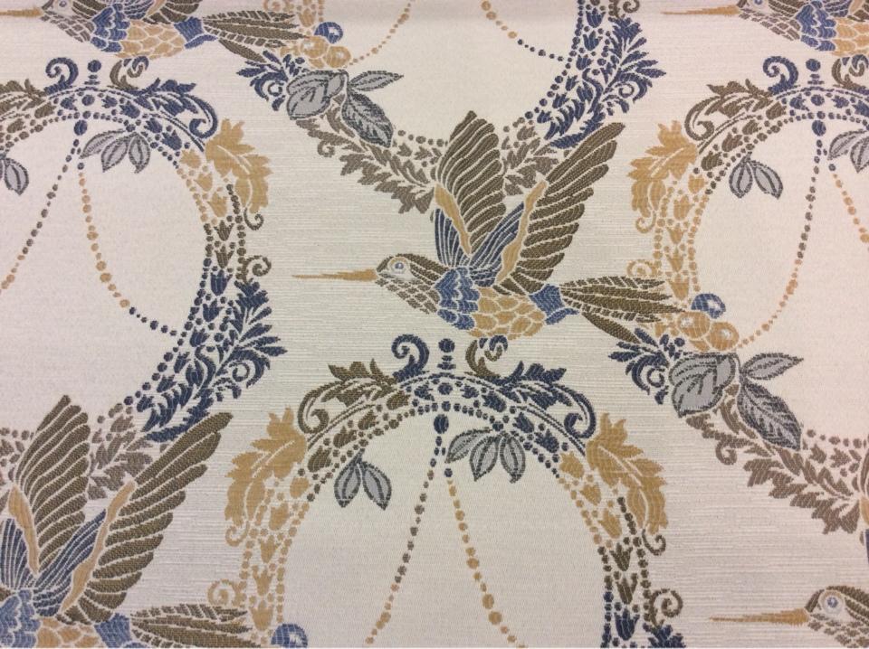 Красивая портьерная ткань с колибри в стиле жуи Paloma 20. Европа, Испания, портьерная. На светлом фоне изображение птиц синего, зелёного, бежевого оттенков купить