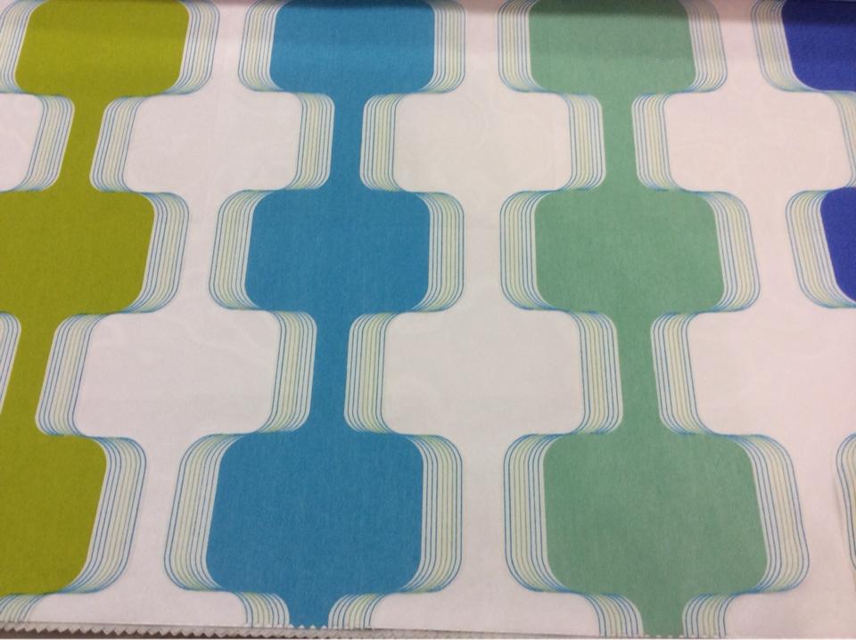 Необычная ткань для штор из органзы с вискозой Ruban 2. Испания, Европа, тюль. На прозрачном фоне зигзагообразные цветные линии в каталоге ткани