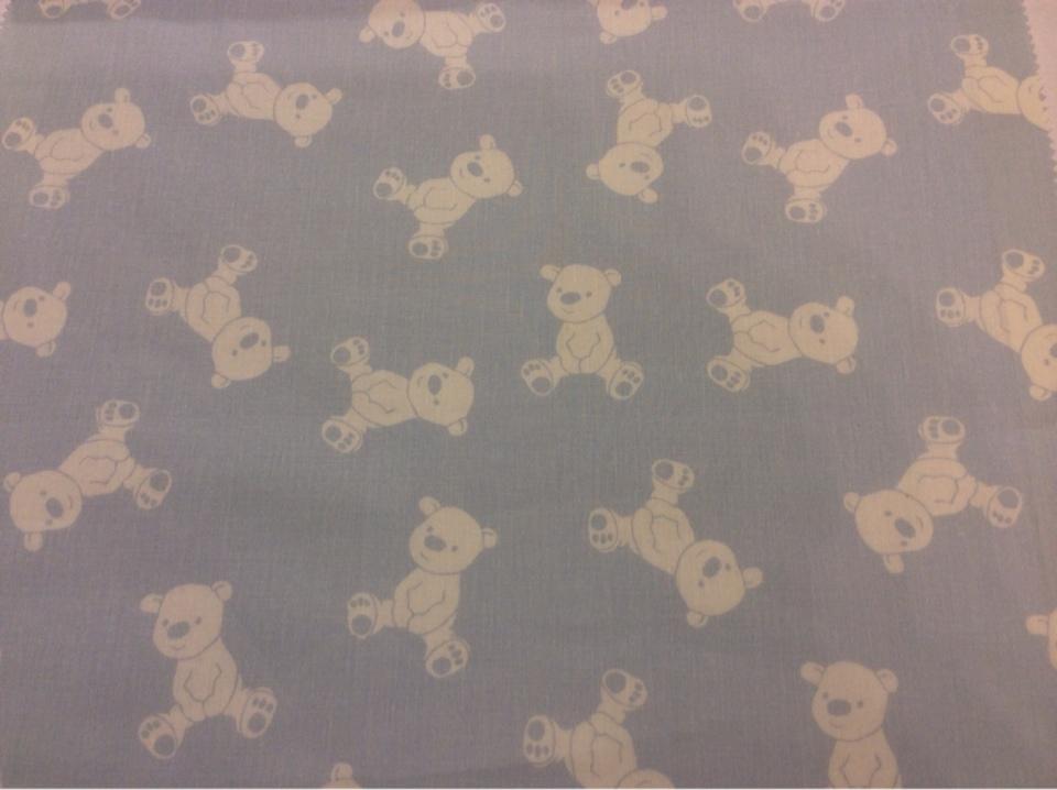 Портьерная ткань из хлопка Cindy 06. На голубом фоне белые мишки. Испания, Европа, портьерная тонкая ткань для детской на заказ