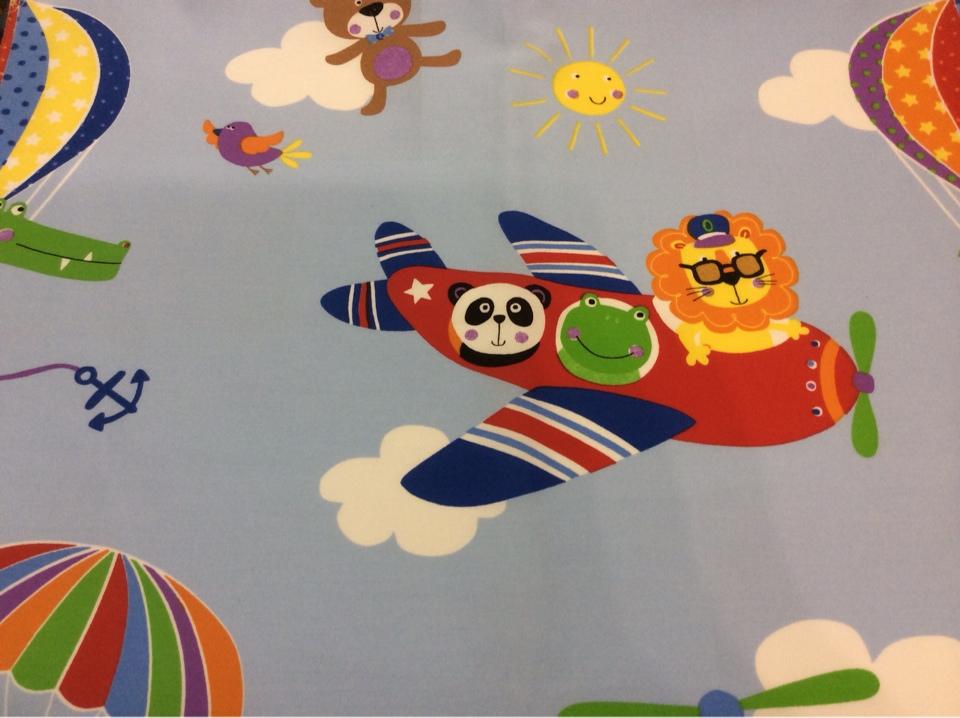 Ткань для ребенка с самолетиком и животными Pets. Airjet. Col 03. Испания, Европа, портьерная ткань с ярким принтом. На голубом фоне цветные мультяшные персонажи купить, заказать Москва