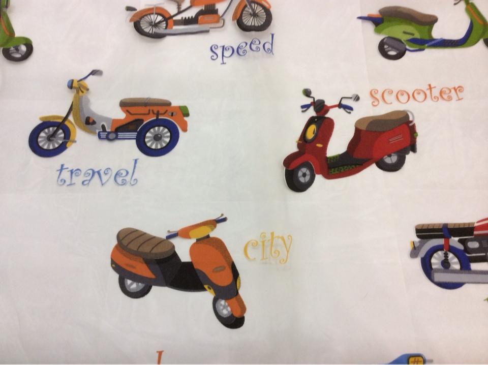 Органза с вискозной нитью для детской комнаты Vespa. Devore. Col 01. Европа, Испания, тонкий тюль. На прозрачном фоне цветные мотоциклы заказать с оплатой на сайте