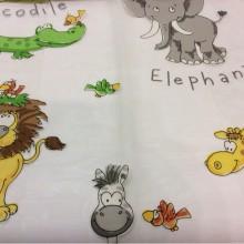 Ткань для детской комнаты с животными: лев, крокодил, жираф, слон, зебра Jungla Coord. Devore. Col 1. Органза с вискозной нитью и ярким принтом. Испания, Европа, тонкий тюль для штор. На прозрачном фоне цветные фигурки животных