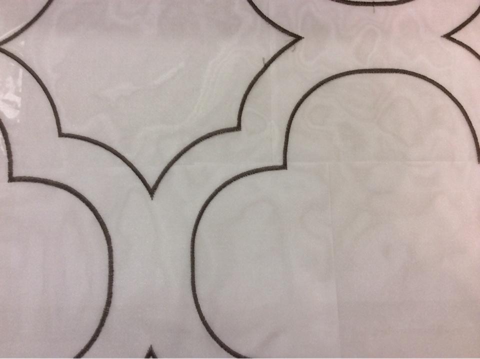 Органза с вышивкой Alicante 47. Италия, Европа, тюль. На прозрачном фоне орнамент титанового оттенка заказать в Москве
