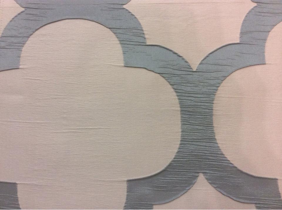 Жатая ткань с крупным орнаментом Alicante 08. Италия, Европа, портьерная ткань для штор. Серо-бирюзовый фон купить ткань в Москве