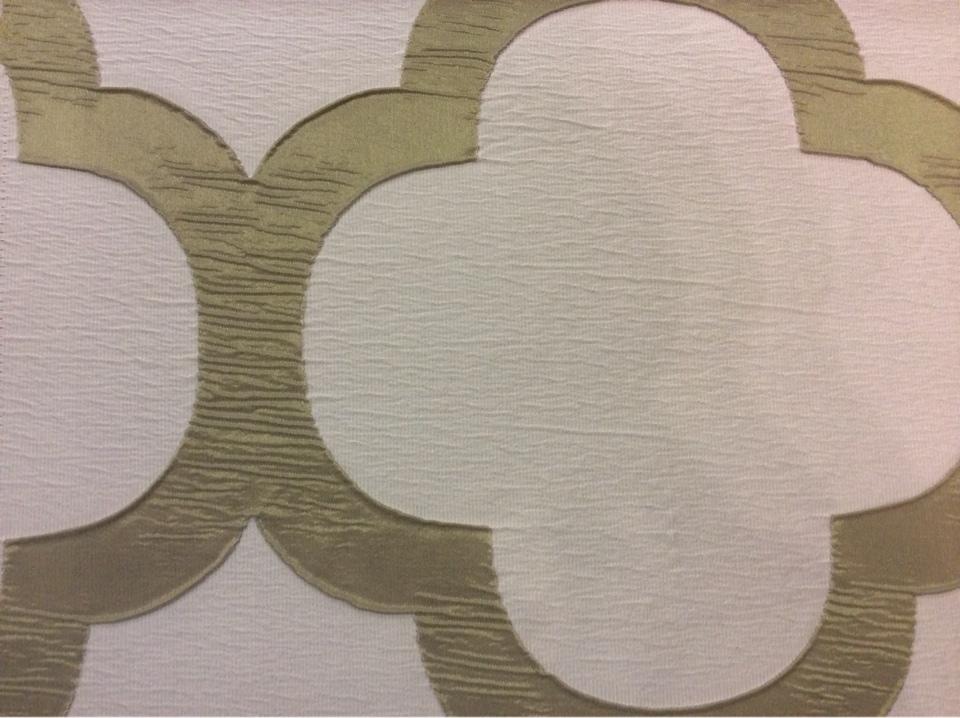Жатая ткань с крупным орнаментом Alicante 32. Италия, Европа, портьерная. Серовато-оливковый фон заказать