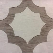 Жатая ткань с крупным орнаментом Alicante 48. Италия, Европа, портьерная. Серовато-титановый фон