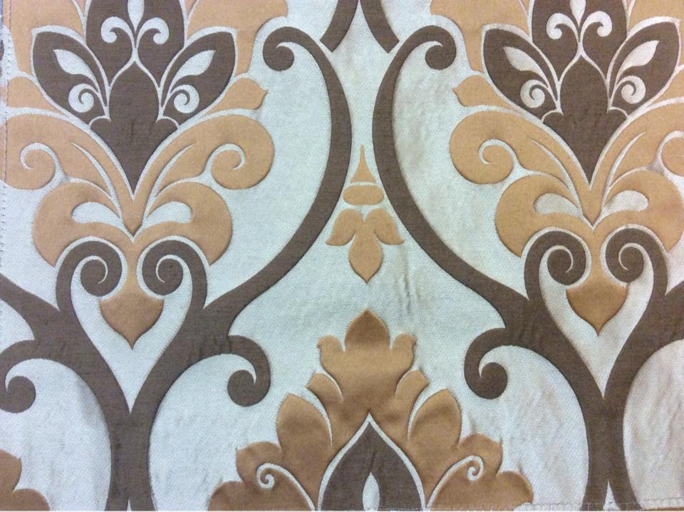 """Красивая льняная ткань под заказ в Москве Messaline col. 16. Испания, Европа, портьерная. Серо-коричневый фон, карамельный принт """"дамаск"""" купить в магазине ткани"""