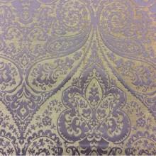 Портьерная ткань из хлопка и атласа Lucido col. 10. Испания, Европа, портьерная. Бежевый фон, сиреневый принт «дамаск», «пейсли»