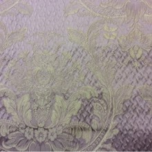 Итальянская ткань из атласа со склада в Москве Gloria 110. Европа, Италия, портьерная. Сиреневый фон, золотистый орнамент «дамаск»