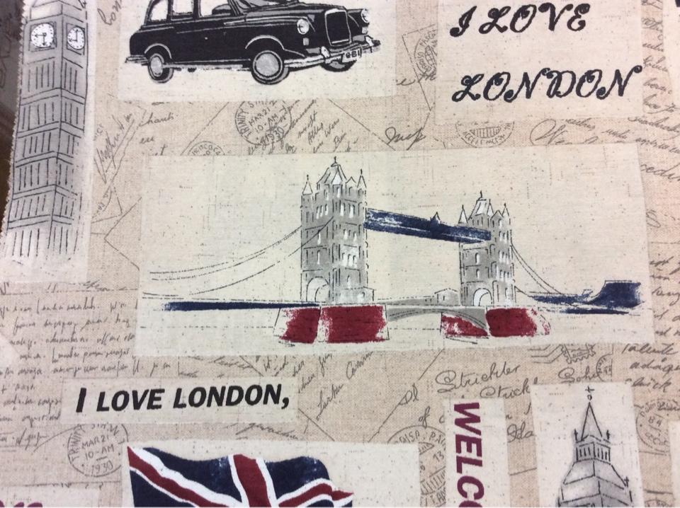 Купить ткань с Лондоном в интернет-магазине ткани тефлоновая ткань с хлопковой нитью и креативным изображением рисунка Beeffater, col 01. Испания, портьерная ткань бежевого, красного, синего цвета