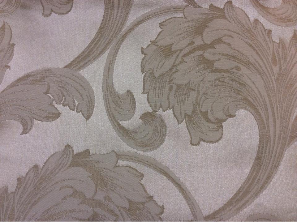 Ткань из жаккарда купить в центре Glamour, col 10. Италия, Европа, портьерная. На светлом фоне завитки ванильного оттенка
