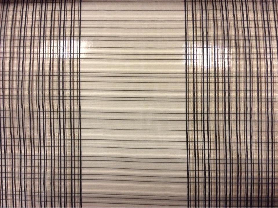 Тонкая тюлевая ткань в оригинальную вертикальную полосу и с клетчатой фактурой ( органза). Италия, тюль.Оттенки венге, золотистого и чёрного цвета