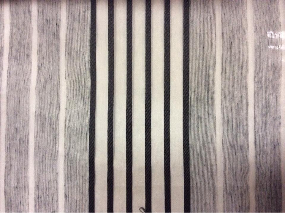 Тюлевая ткань в оригинальную полоску средней плотности Palmyra, col 33. Европа, Италия. Чередование серых и чёрных полос