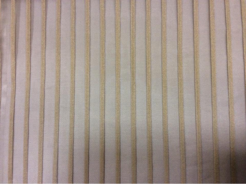 Тонкая тюлевая ткань в оригинальную мелкую полоску ( органза) Palmyra, col 40. Италия, Европа, тюль. На шоколадном фоне бежевые вертикальные полоски