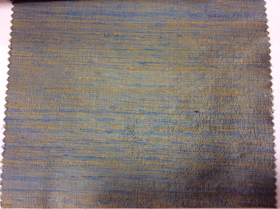 Дикий шёлк с узелками Gabriella, col 060. Индия, портьерная ткань. Золотистый с синим, меланж