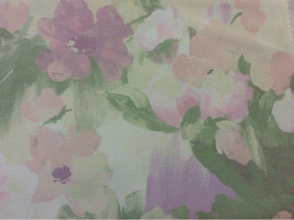 Портьерная ткань в розницу Andy, col 1062. Турция, портьерная ткань для штор. На светлом фоне размытые цветы, микс