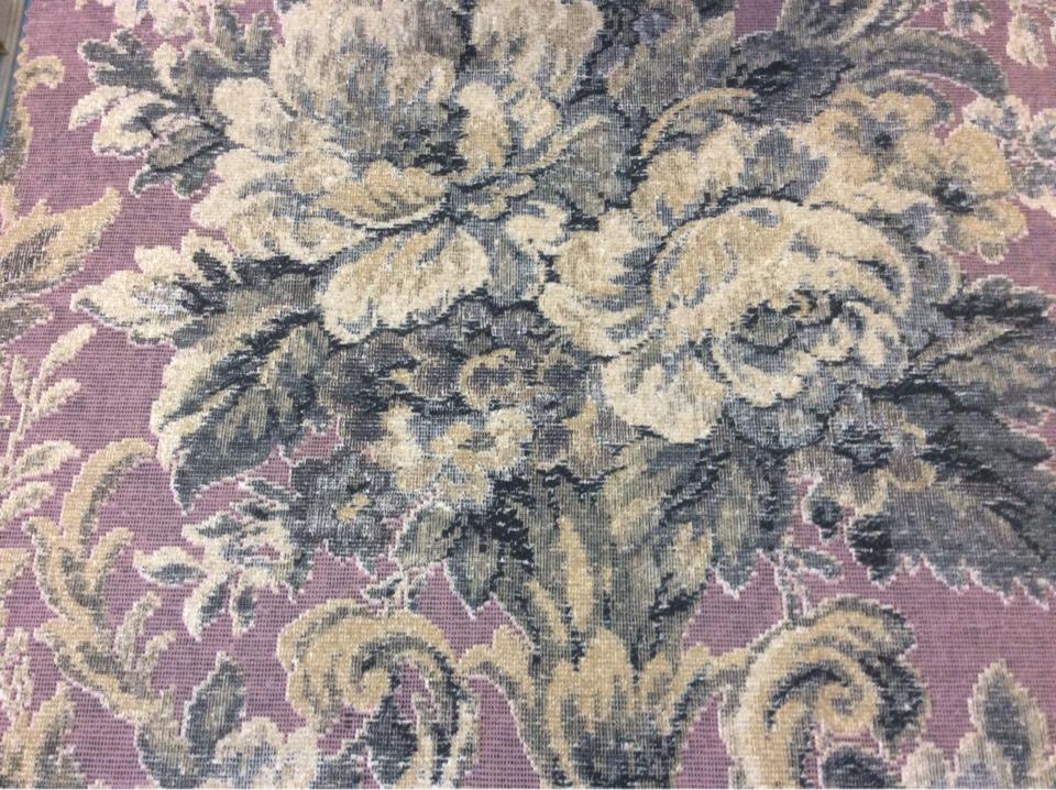Купить турецкую портьерную ткань из полиэстера Fantin, col 1061. Турция, плотная ткань для штор. На фоне цвета какао крупные цветы в зелёных оттенках