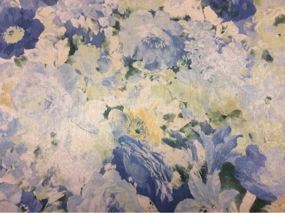 Купить ткань для спальни в интернет-магазине Москвы Mignon, col 1164. Турция, портьерная ткань для штор. Яркий цветочный орнамент в голубых и зелёных тонах