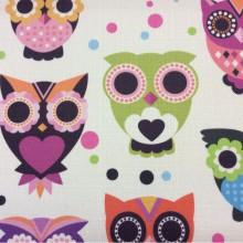 Заказать ткань для детской комнаты с разноцветными совами Cute, col V2. Турция, портьерная ткан под лен. На светлом фоне игрушечные разноцветные совы