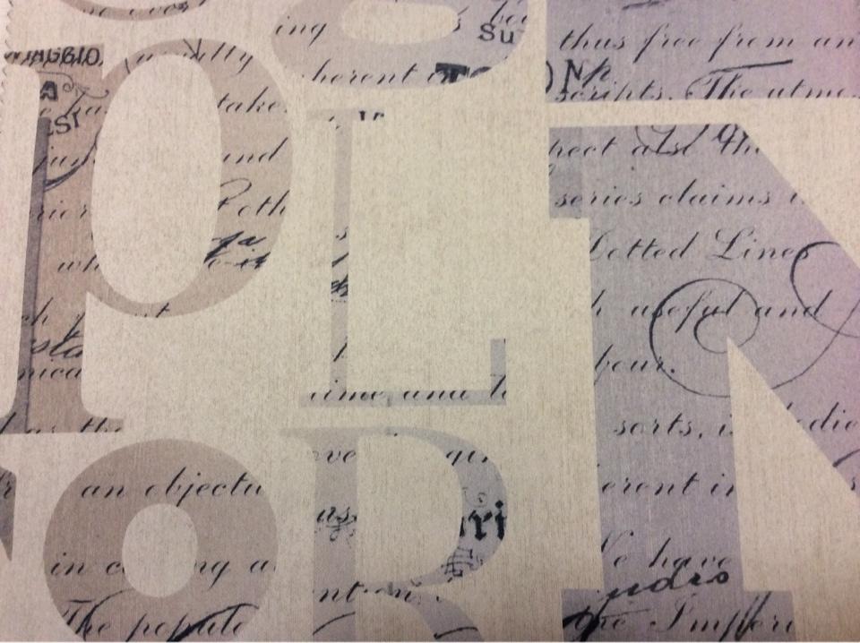 Купить ткань блэкаут для гостиной, спальни, детской и кухни Font, col 1002. Турция, портьерная. Крупные буквы, мелкие слова в бежево-серых оттенках