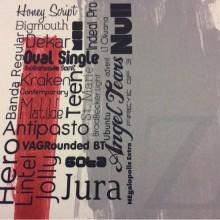 Ткань для ночных штор (светонепроницаемый блэкаут) Soho, col 1035. Турция, портьерная ткань. Газетная тематика, серо-бежево-красные оттенки