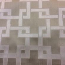Портьерная ткань в стиле хай-тек, кубизм, минимализм, лофт Арт: 2547/17. Высота-ширина 3,05 метра. Италия, каталог портьерных тканей. Геометрический рисунок в светло-бежевых тонах
