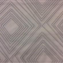 Органза с вискозной нитью в современном стиле Арт: 2551/61/. Итальянский каталог. Асимметричные ромбы в серебристо-серых оттенках