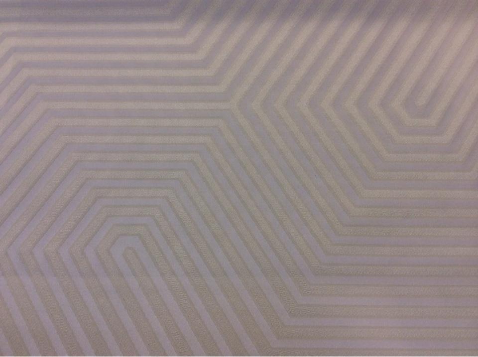Портьерная атласная ткань в современном стиле Арт: 2542/13. Итальянский каталог ткани. Геометрический рисунок в золотисто-ванильных оттенках