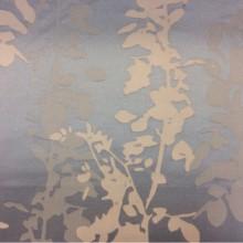 Рельефная ткань с выпуклым эффектом с добавлением хлопка Арт: 2523/71. Италия, портьерная ткань. Вертикальные ветки и листья в голубых, бледно-голубых и кремовых тонах