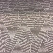 Элитная портьерная ткань из рифлёного атласа Арт: 2537/43. Фотография из итальянского каталога ткани для занавесок. Геометрический рисунок в золотистых оттенках и цвета какао