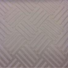 Портьерная ткань из рельефного атласа на сетчатой основе Арт: 2536/11. Фото итальянской ткани для штор. Геометрический рисунок ванильного оттенка