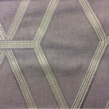 Ткань с хлопковой нитью и геометрическим рисунком Wafery, col Dusk. Бельгийский каталог портьерной ткани в Москве. Ромбовидные линии в серых оттенках